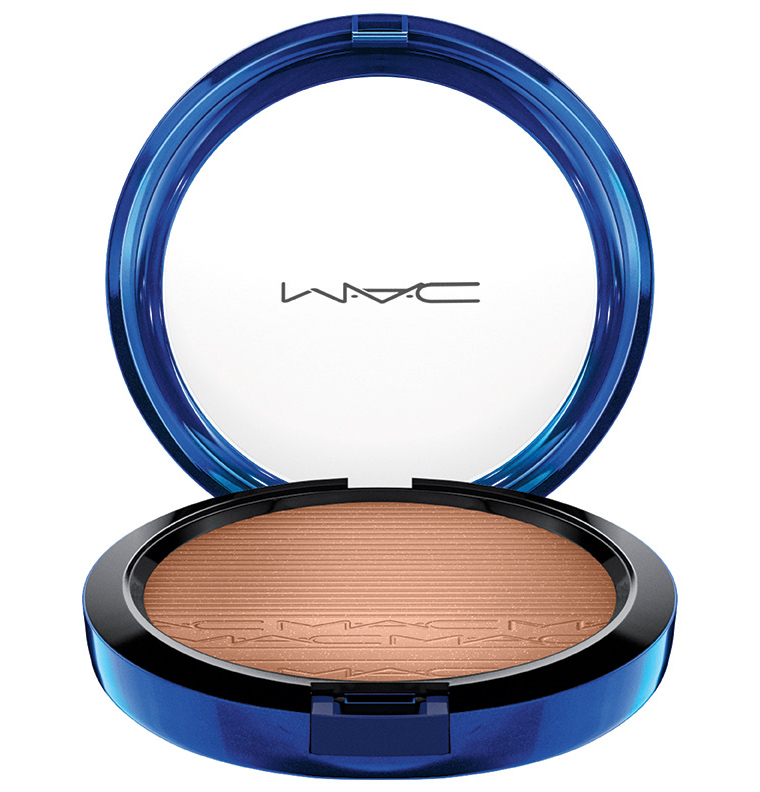 MAC_HolidayColour_MacMagicoftheNight_InExtraDimensionSkinFinish_DeepBronze_72dpiCMYK