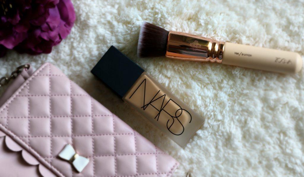 NARS All Day Luminous Weightless Foundation