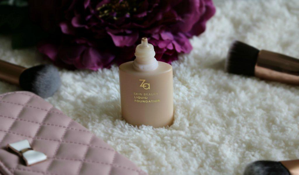 Za Skin Beauty Liquid Foundation swatch