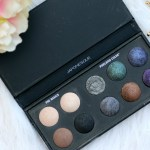 Count Down to Christmas –  Japonesque Color Pixelated Color Eyeshadow Palette   Review & Swatches
