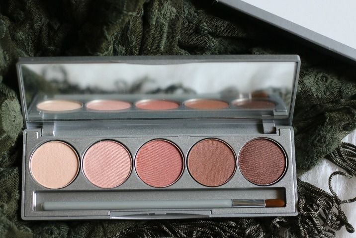 colorescience beauty on the go mineral palette review