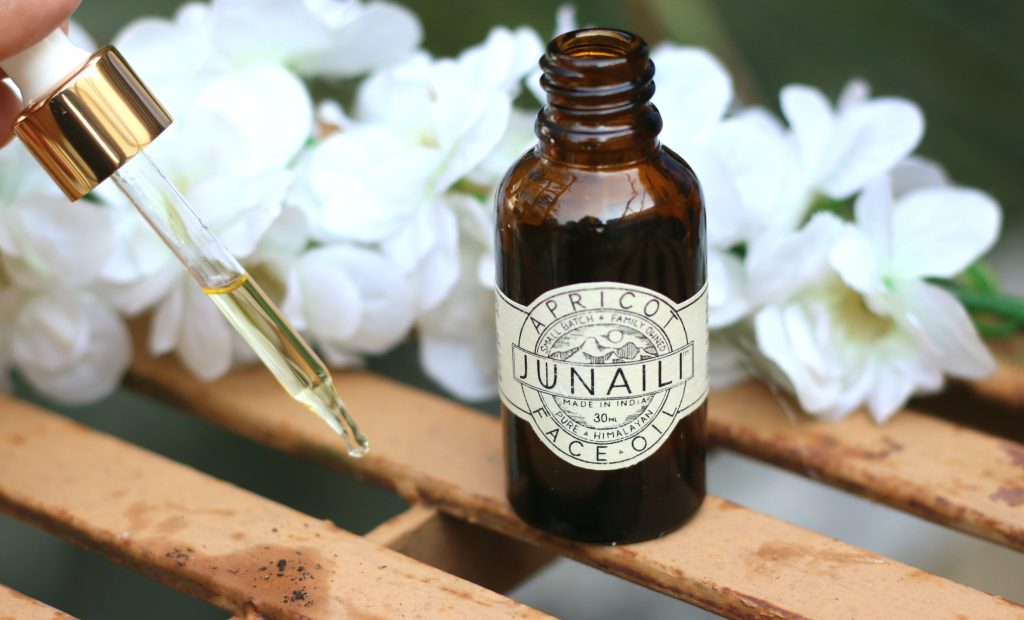 junaili apricot face oil review
