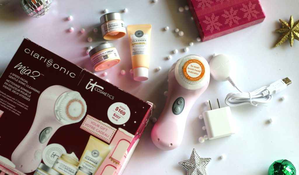 clarisonic mia 2 confidence boost holiday gift set,confidence boost holiday gift set: mia 2 and it cosmetics,clarisonic mia 2 & it cosmetics confidence holiday gift set,2017 holiday beauty gift pick - clarisonic mia 2 confidence boost gift set,clarisonic mia 2,clarisonic mia 2 review,buy clarisonic mia 2 online,clarisonic mia 2 uses,clarisonic mia 2 how to use, clarisonic confidence boost holiday gift set,clarisonic confidence boost holiday gift set mia 2,clarisonic confidence boost holiday gift set it cosmetics,skin cleansing devices, skin cleansing tool,