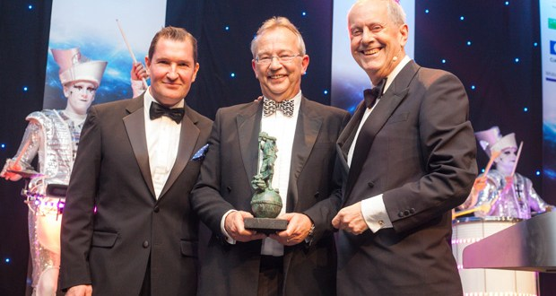 """FLTA honours Mentor's Richard Shore for """"Services to Industry"""""""