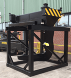 Hyster developed a solution where a unique tool changer is fitted to the Hyster® RS46-41XLS CH ReachStacker