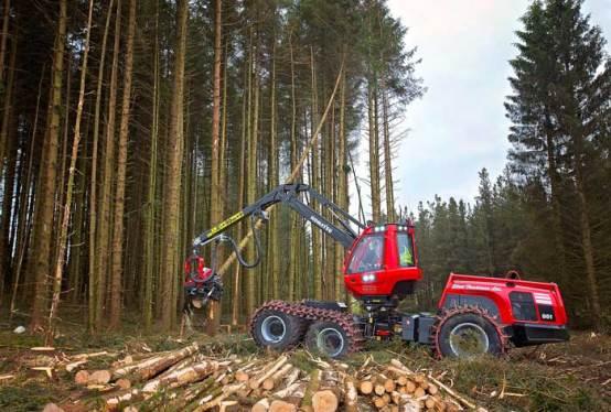 Komatsu Forest harvests savings with BigChange JobWatch 1