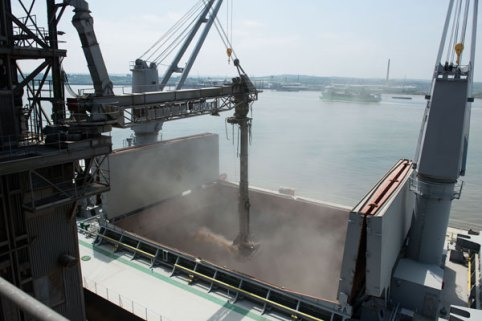 Port of Tilbury and Frontier Agriculture mark successful first year 1