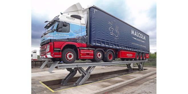 Stertil Koni Skylift improves wash bay access and effciency for Malcom Group