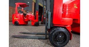 Narrow Aisle space saving pallet storage solutions on show at IntraLogisteX 2017