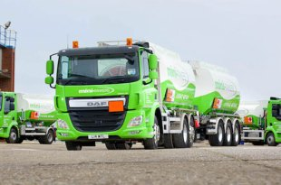 DAF CF drawbar maxed out for mini TANKERS