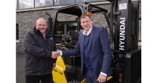 Echlinville Distillery purchase first JD Forktrucks Hyundai machine to arrive in the UK
