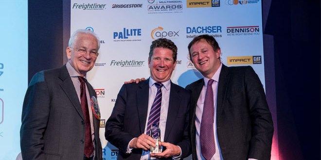 GB RAILFREIGHT JOHN SMITH WINS FTA MULTIMODAL PERSONALITY OF THE YEAR 2017