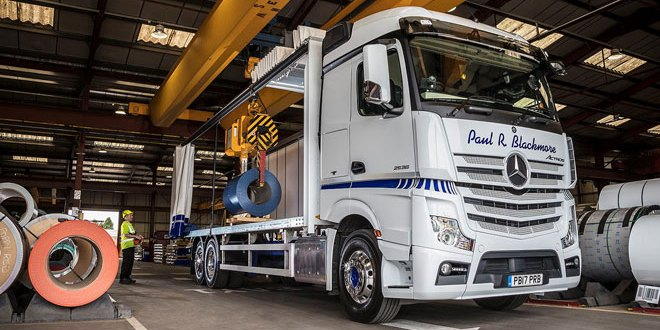 Steel carrier sharpens his image with Mercedes-Benz Actros from Rygor