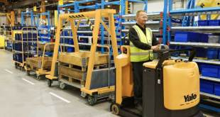 Yale Tugger Train System supports line feed manufacturing operations