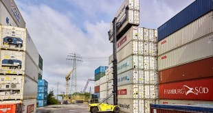 HCS trials new Hyster Empty Container Handler in Port of Hamburg