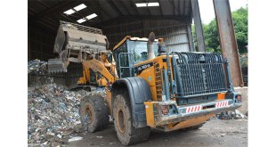 Waste not, want not – Mercian Skip Hire choose Hyundai