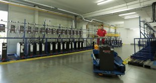EnerSys Choosing the right battery for your fork lift truck