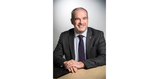 RENAULT TRUCKS APPOINTS GARETH LUMSDAINE AS NETWORK TRUCK AND LCV DIRECTOR