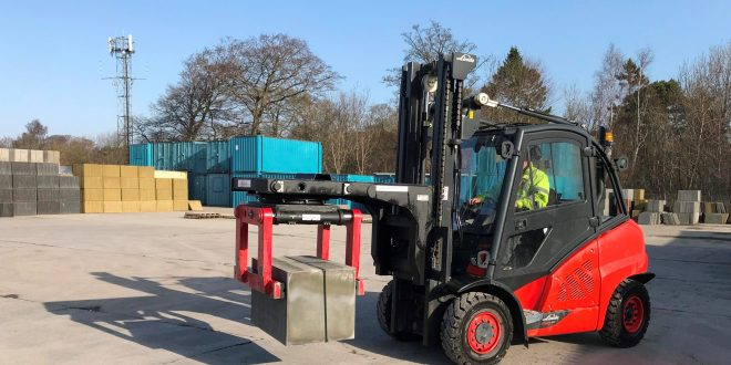 B&B Attachments Provide Handling Solutions to Concrete Products Kirkcaldy Limited