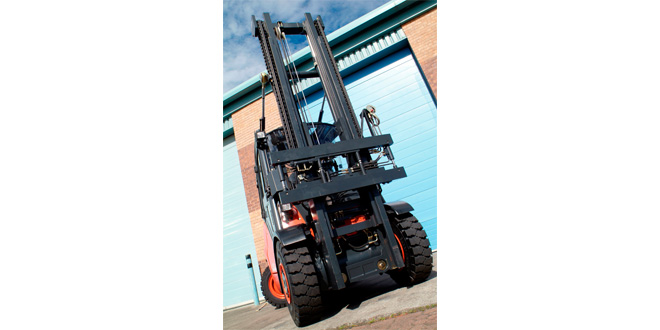 B&B Attachments PowerMount A safer way to manage your fleet