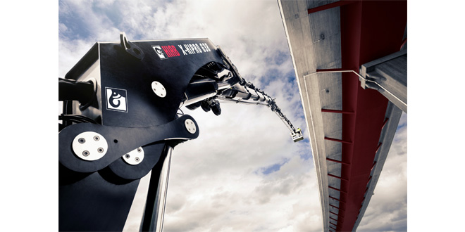 Hiab completes the acquisition of Effer cranes