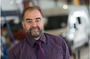 CARTWRIGHT CONVERSIONS MANAGING DIRECTOR WINS LEX AUTOLEASE AWARD FOR CUSTOMER SERVICE