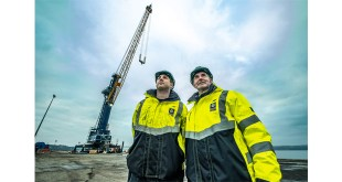 Port of Rosyth new multimillion pound mobile harbour Liebherr crane swings