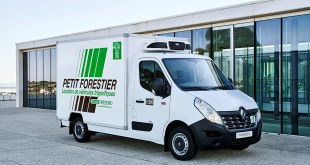 RENAULT TRUCKS MASTER ZE WINS GREEN VAN OF THE YEAR