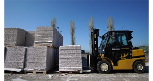 Harsh conditions for soft paper Yale Europe Materials Handling