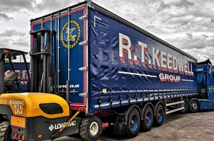 RT KEEDWELL GROUP ADDS MORE CARTWRIGHT CURTAINSIDERS