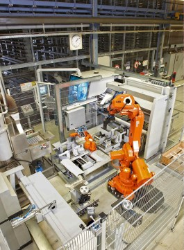 component parts communicating autonomously with each other via Industry 4.0 protocols