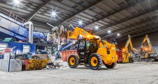 JCB excavators join family firms fleet