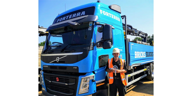 Industry Stalwart Wins Lifetime Achievement in Microlise Driver of the Year Awards 2020