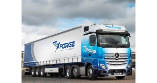 Operator adds Krone theft resistant curtainsider for busy parcel work