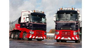 FIRST RENAULT TRUCKS FOR IAN ROBINSON TRANSPORT