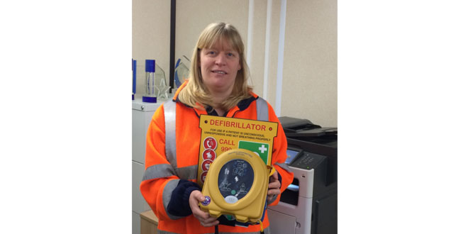 Mobile Mini installs life-saving defibrillators across 16 UK sites