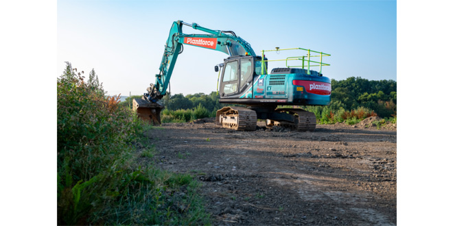 UK's first Kobelco semi-automatic excavator has the X-Factor!