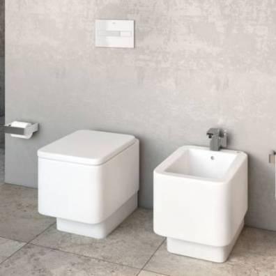 Ambiente con inodoro Element de cisterna empotrada (al Suelo)