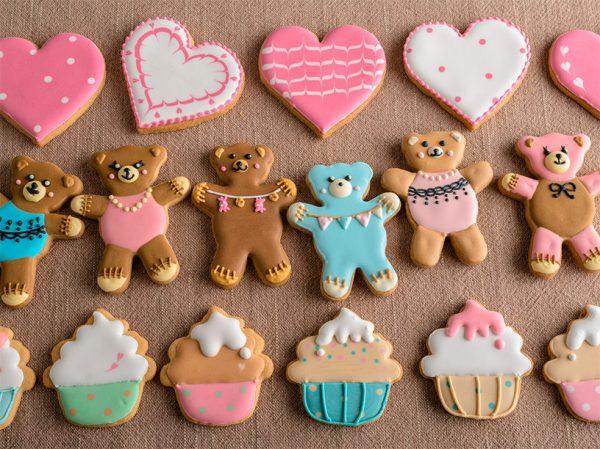 ハートとくまさんとカップケーキのアイシングクッキー