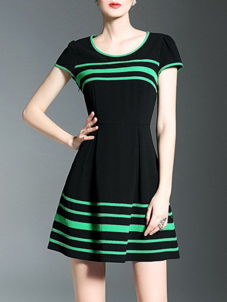 Fashionmia Contrast Trim Striped Round Neck Skater Dress