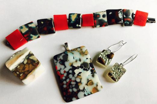 miss-olivias-line-fused-glass-jewelry-mia-anstine