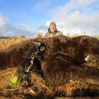 Archery Alaskan Brown Bear Hunt