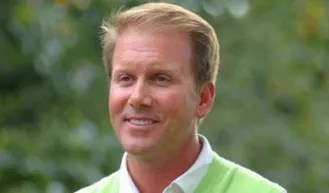 Plecker to lead Loyola golf