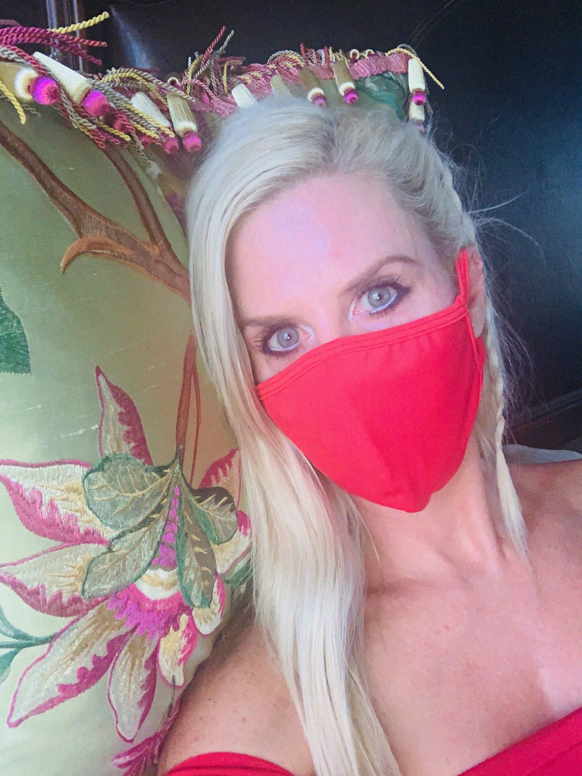 Mia Brazilia Red Mask