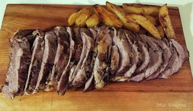 Veal roast with potatoes