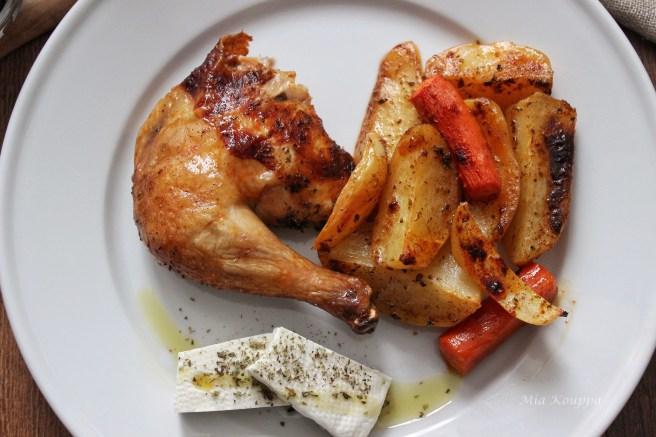 Roast chicken and Greek-style potatoes (Κοτόπουλο λεμονάτο με πατάτες)