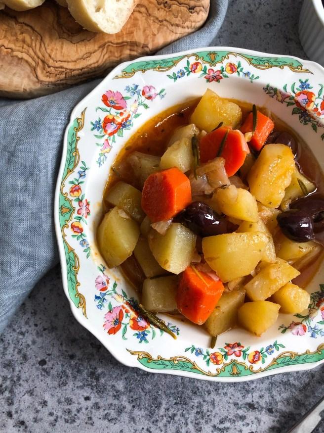 Potatoes yahni
