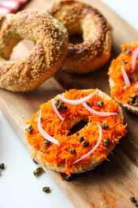 "Bagels with ""smoked salmon"" and fried capers"