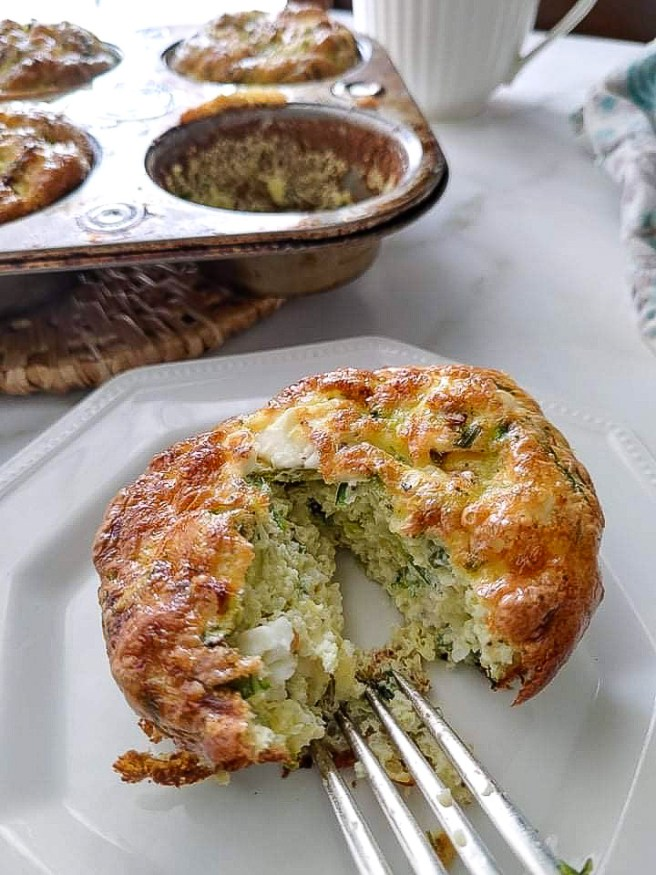 Egg zucchini muffins flavoured with cheese are the perfect make-ahead breakfast!