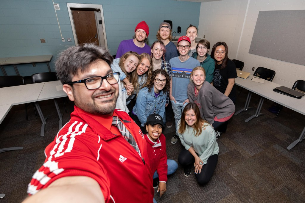 Ricardo Treviño M.S. '15 with students from one of his courses at Miami University.